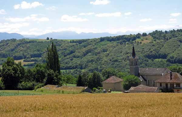 Walking in France: The church at Gresin