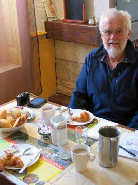Walking in France: Breakfast at the Hotel de la Gare, Montfaucon-en-Velay