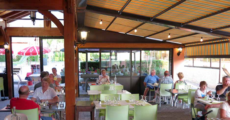 Walking in France: Neydens camping ground restaurant
