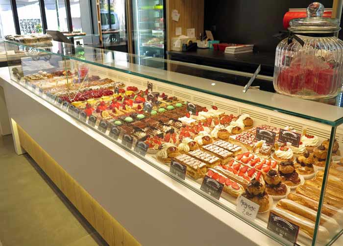 Walking in France: The magnificent tart and pastry display at the salon de thé, Bellegarde-sur-Valserine