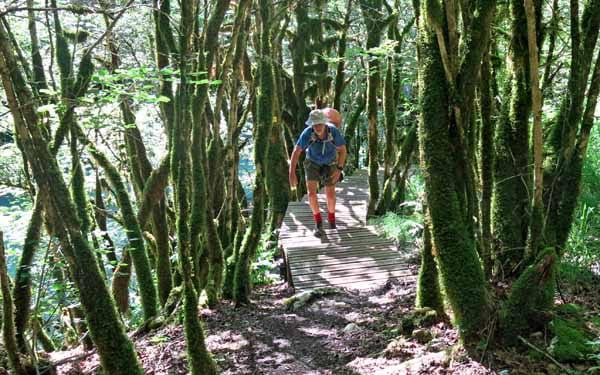 Walking in France: Climbing away from the river
