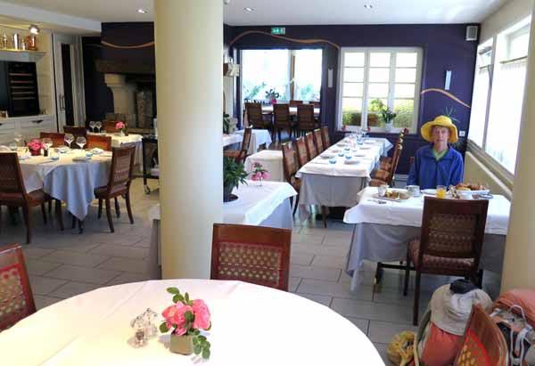 Walking in France: Ready for breakfast at 8 o'clock, Hôtel Reygrobellet, St-Germain-de-Joux