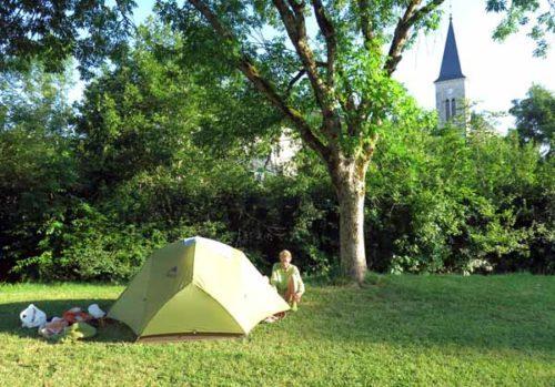 Walking in France: Getting ready for breakfast, Logis hotel, Simandre-sur-Suran