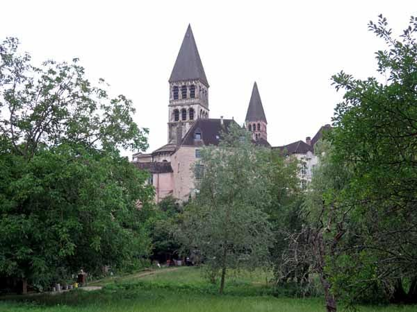 Walking in France: The ancient abbey of Tournus