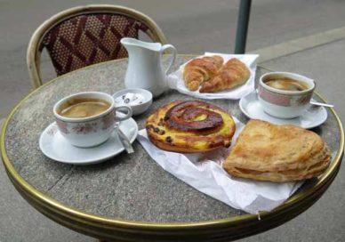 Walking in France: ... for breakfast