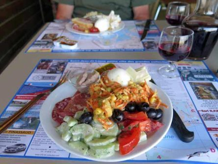 Walking in France: Overloaded plates from the buffet