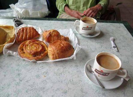 Walking in France: A well-earned second breakfast at la Forge, Canal de Bourgogne