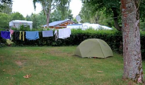 Walking in France: Installed in the Arnay-le-Duc camping ground
