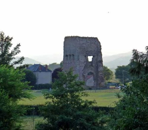 Walking in France: Temple of Janus, Autun