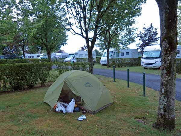 Walking in France: Calm after the storm, Dompierre-sur-Besbre camping ground
