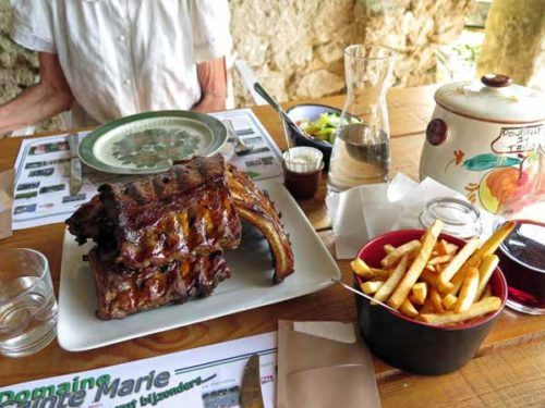 Walking in France: Followed by a mighty plate of barbecued spare ribs