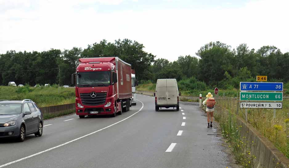Walking in France: An unpleasant exit from Varennes