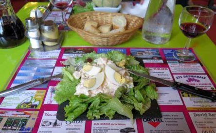 Walking in France: And for me, oeufs mayonnaises on a bed of lettuce