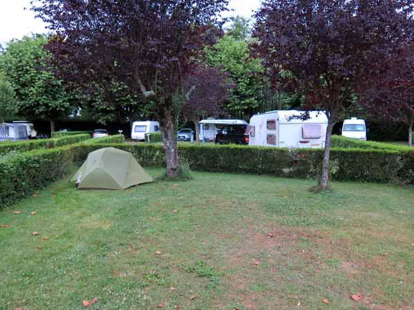 Walking in France: Our little tent in a big pitch, St-Pourçain-sur-Sioule camping ground