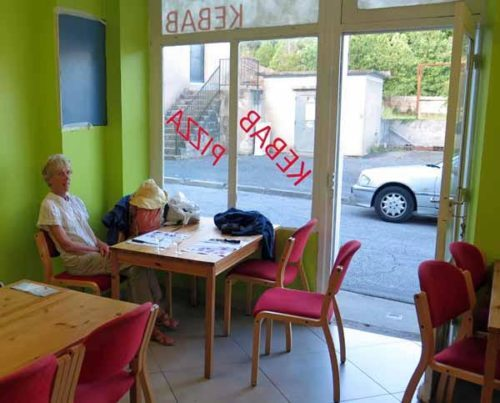 Walking in France: Suddenly transported to the Méditerranée Kebab, Montmarault