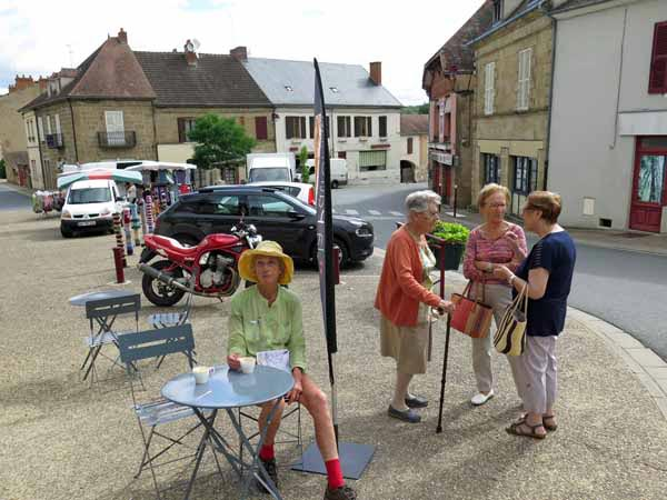 Walking in France: Enjoying the pleasures of Buxières-les-Mines