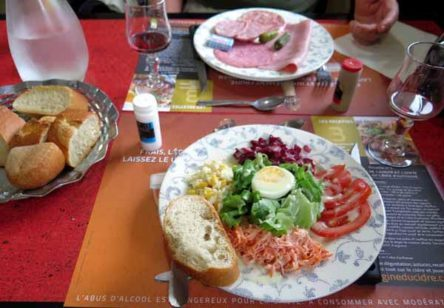 Walking in France: For starters, charcuterie and crudities