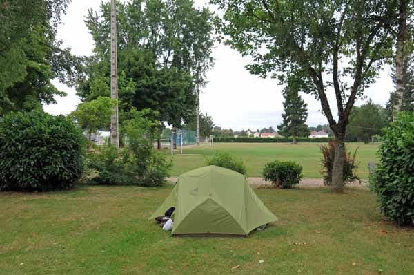 Walking in France: Cosne-d'Allier camping ground and sports fields