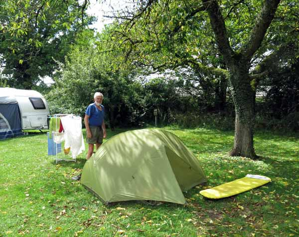 Walking in France: Amazingly, ninety minutes later, fully installed in the beautiful Treteau camping ground