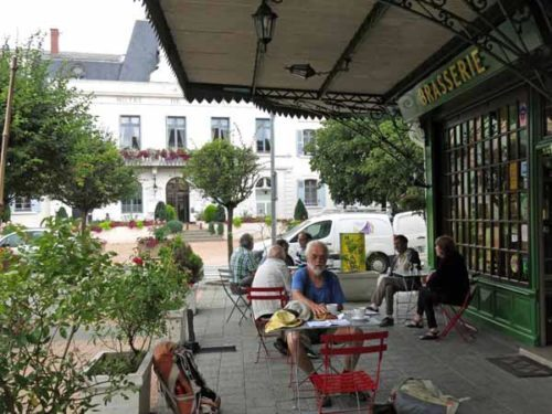 Walking in France: Time for second breakfast