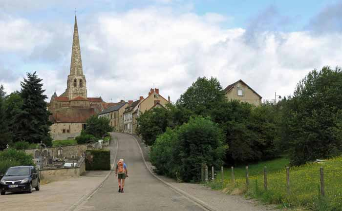 Walking in France: Arriving in Buxières-les-Mines