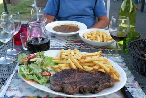 Walking in France: Followed by steak and a soupy, but good, boeuf bourguignon for mains