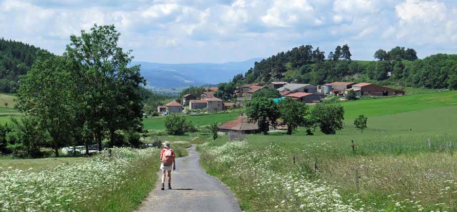 Walking in France: Chantuzier