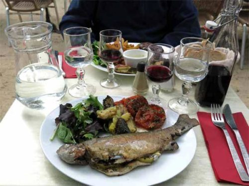 Walking in France: Our excellent dinner
