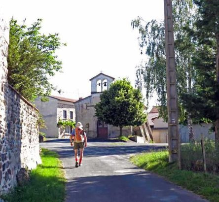 Walking in France: Arriving in Allevier