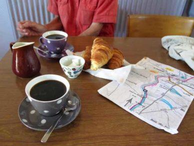 Walking in France: A delicious breakfast in Grossouvre
