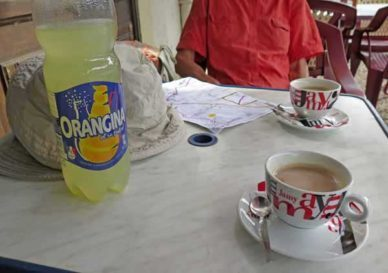 Walking in France: Coffees and diluted Orangina in Champlemy