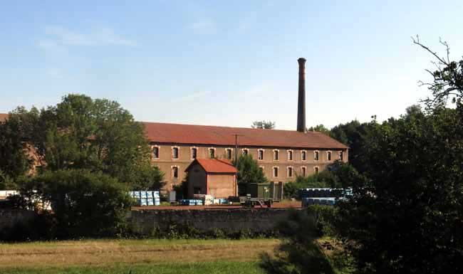 Walking in France: The tile factory in Grossouvre