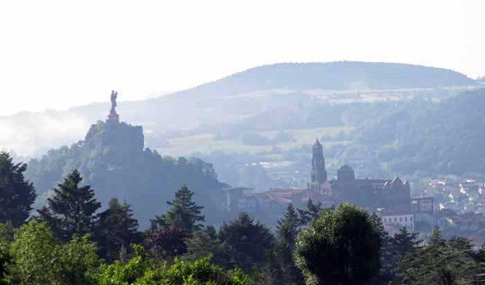 Walking in France: Leaving le Puy