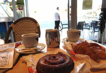 Walking in France: Breakfast at le le Café de France