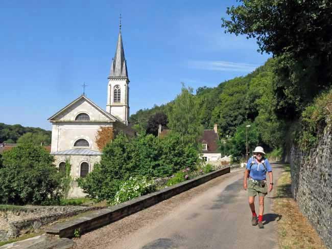 Walking in France: Leaving Chamoux