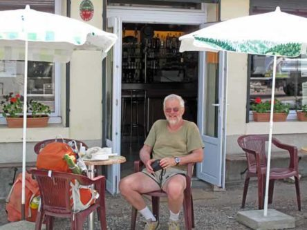 Walking in France: Third coffee of the day - Grossouvre